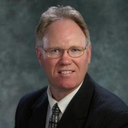 Dr Daniel Silver